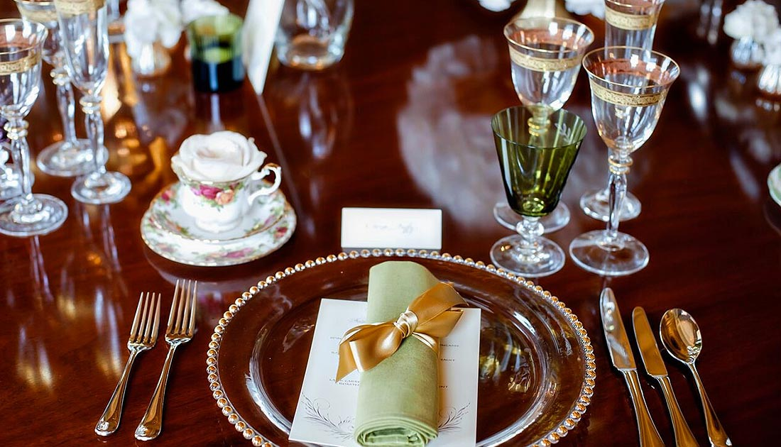 Gold Green place setting