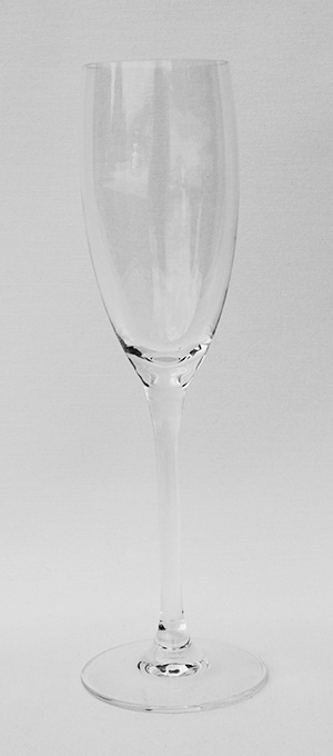 Clear champagne flute standard